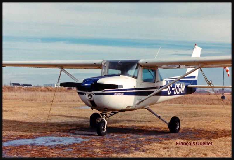 Cessna C150 C-GGNK en 1980 à St-Jean-sur-Richelieu.
