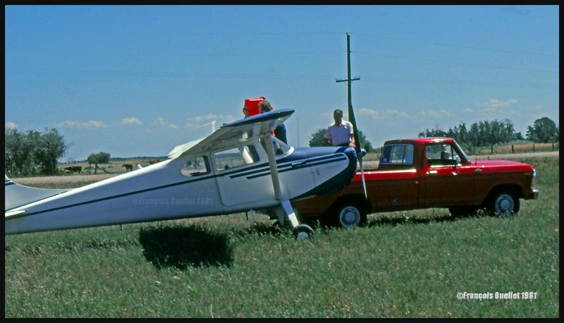 Atterrissage dans un champ de Lundar au Manitoba, en 1981, avec un Cessna C170B.
