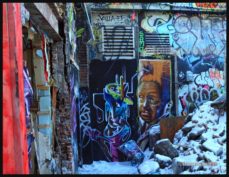 Montreal, 2012. Juste à temps pour prendre cette dernière photo, avant la démolition du bâtiment