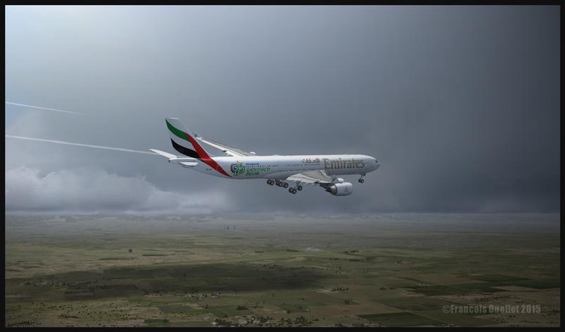 Un Airbus A340-500 en finale pour l'aéroport international de Denver