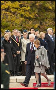 Le Gouverneur Général du Canada et sa conjointe au Monument commémoratif de guerre du Canada à Ottawa, le 22 Octobre 2015
