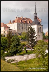 Architecture ancienne de Gruyères, Suisse 2013