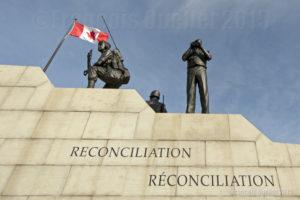 Monument au maintien de la paix (Réconciliation) situé à Ottawa, Canada