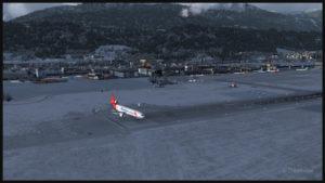 MD-11F virtuel de Martinair Cargo remonte la piste 08 après l'atterrissage à Innsbruck