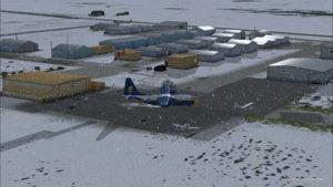 Le C-130 virtuel des Blue Angels circule à l'aéroport de High River, en Alberta.