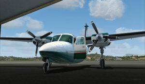 Le Shrike Commander 500S dans le hangar à Port Moresby (AYPY).