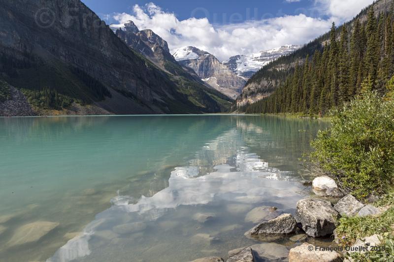Reflets sur le Lac Louise, Alberta 2018.