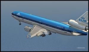 19367-KLM-MD11-approaching-St-Maarten-FSX-web-