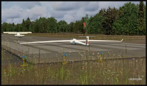 19520-Plane-and-glider-ready-for-takeoff-in-Parry-Sound-fsx