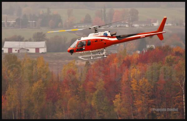 IMG_1144-Hélicoptère-CFZAQ-Québec-watermark-e1410392185653