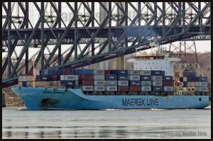 Maersk-Line-Pembroke-et-le-Pont-de-Québec-2016-web